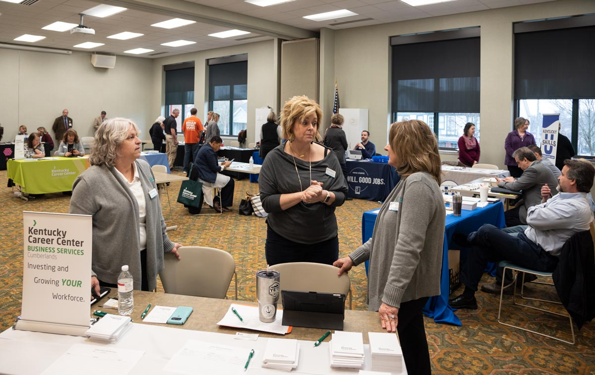 People attending the employers resource fair at the Pulaski County Public Library